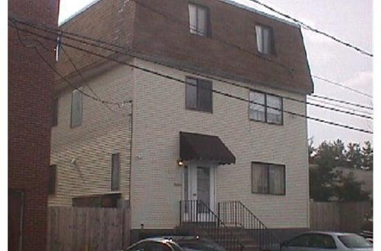 31 Isaac Street
