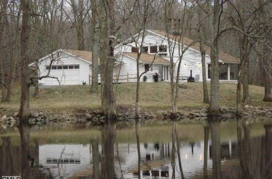 32 Round Lake Road