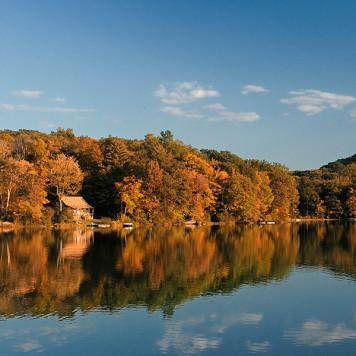 Lake-Mt.Tom-State-Park-Bantam-Conn
