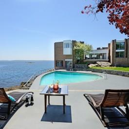 wondrous waterfront property