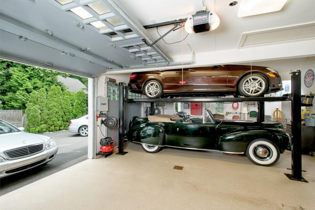 Garage-Oenoke