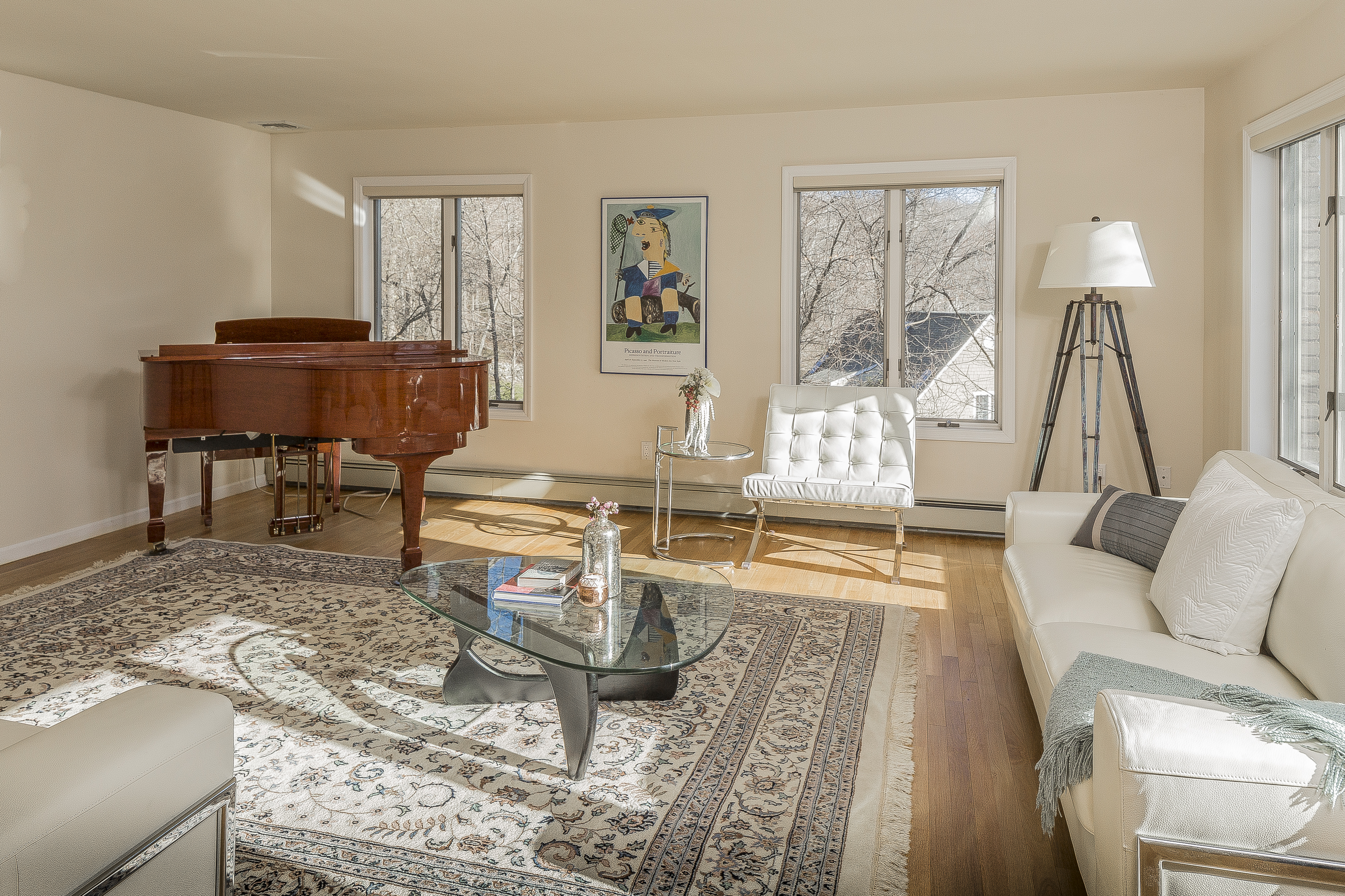 home staging tips from the experts william pitt sotheby 39 s realty. Black Bedroom Furniture Sets. Home Design Ideas