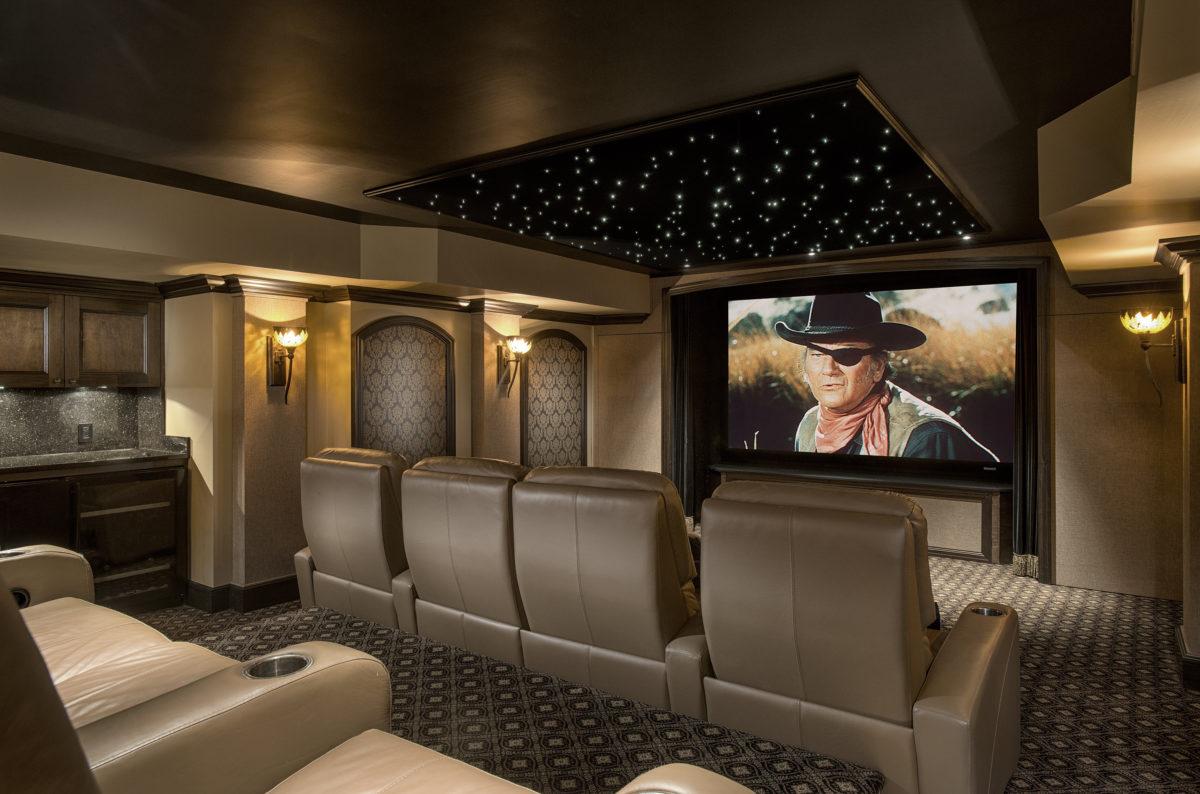 17053747_9877483_12_seat_home_theatre-1